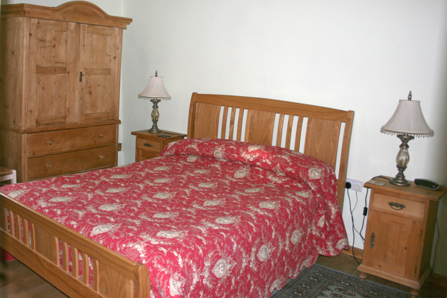 Millers Cottage - Bedroom