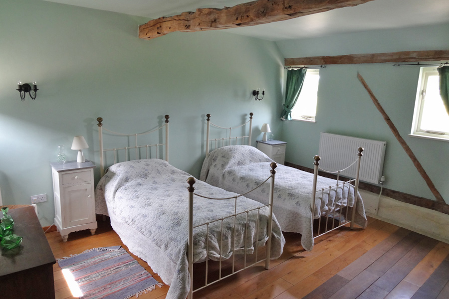 Pudding Cottage - Bedroom 2
